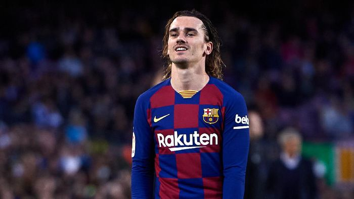 BARCELONA, SPAIN - MARCH 07: Antoine Griezmann of FC Barcelona reacts during the Liga match between FC Barcelona and Real Sociedad at Camp Nou on March 07, 2020 in Barcelona, Spain. (Photo by Alex Caparros/Getty Images)