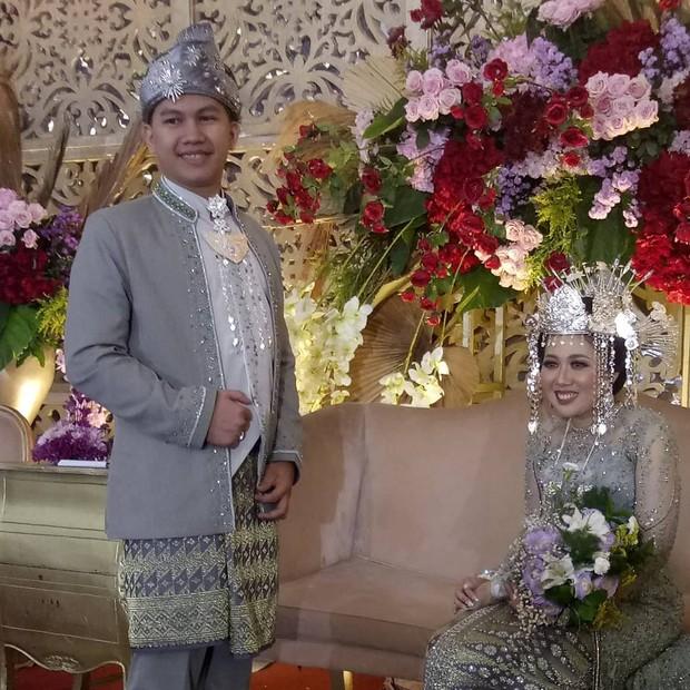 pengantin baru tidak diperbolehkan buang air selama tiga hari berturut-turut