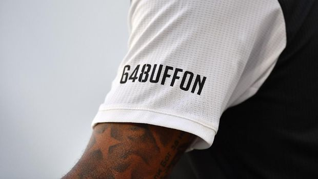 TURIN, ITALY - JULY 04:  A detail of the commemorative shirt for the 648 matches in Serie A of Gianluigi Buffon during the Serie A match between Juventus and Torino FC at Allianz Stadium on July 4, 2020 in Turin, Italy.  (Photo by Valerio Pennicino/Getty Images )
