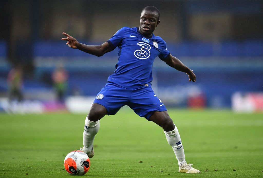 LONDON, ENGLAND - JULY 04: N'Golo Kante of Chelsea controls the ball during the Premier League match between Chelsea FC and Watford FC at Stamford Bridge on July 04, 2020 in London, England. Football Stadiums around Europe remain empty due to the Coronavirus Pandemic as Government social distancing laws prohibit fans inside venues resulting in all fixtures being played behind closed doors. (Photo by Glyn Kirk/Pool via Getty Images)