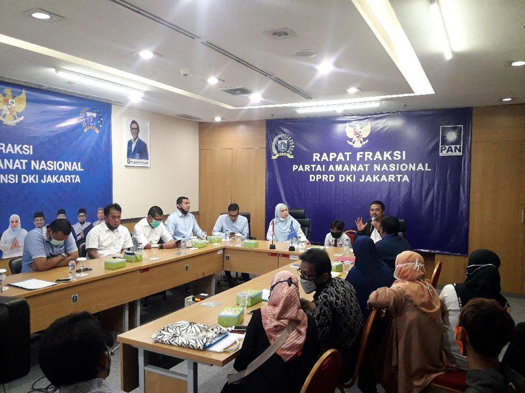 Bersama Anak, Ortu Siswa Mengadu ke DPRD soal PPDB DKI