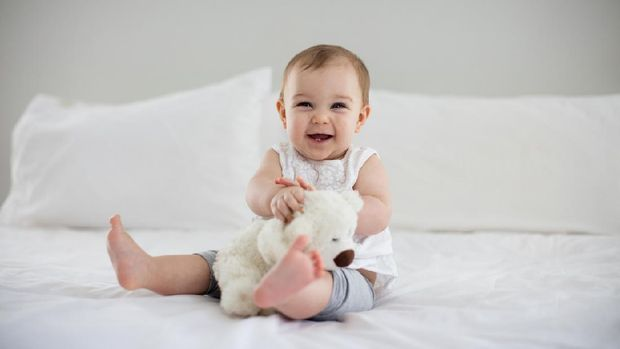4 Aktivitas Bayi 6 12 Bulan Untuk Menstimulasi Perkembanganya