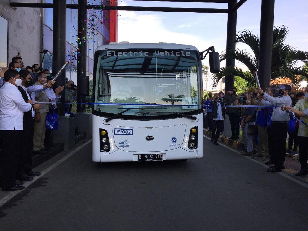 Bertahap, Bus Listrik Transjakarta Bakal Diuji Coba Sampai 17 Jam