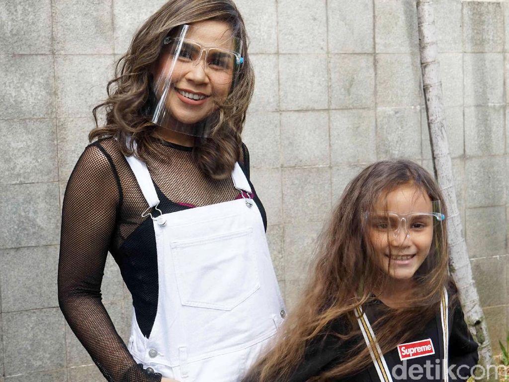 Jadi YouTuber, Melaney Ricardo: Kayak Jadi Wartawan, Berat!