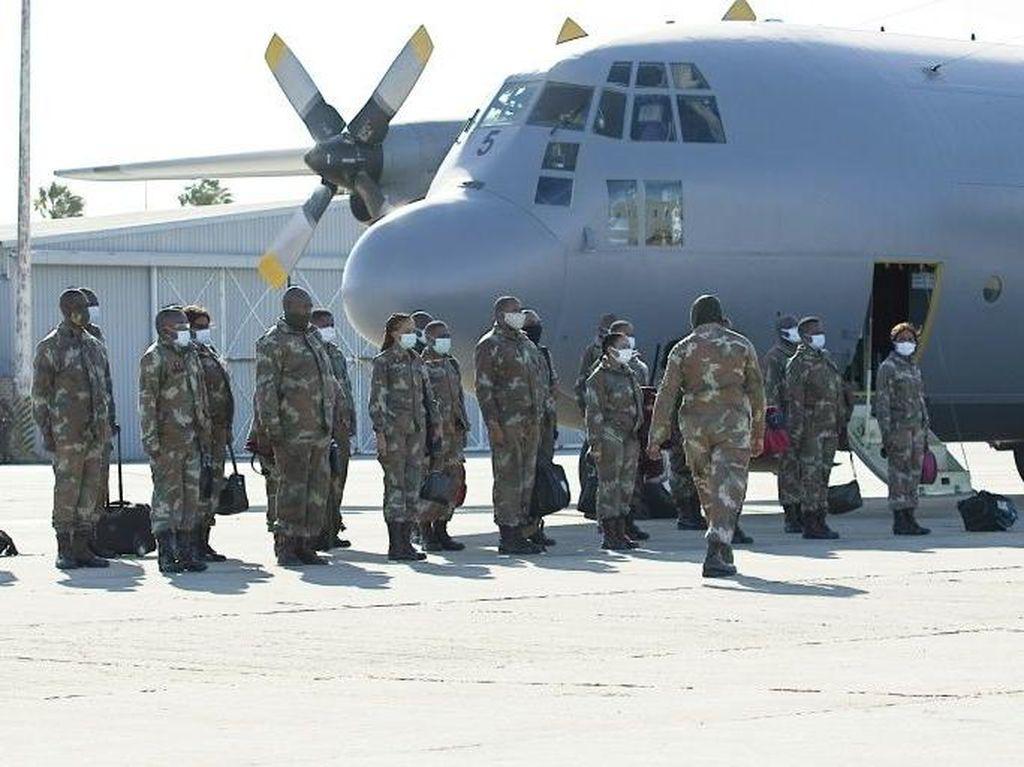 Militer Afrika Selatan Kini Izinkan Tentara Wanita Muslim Pakai Jilbab