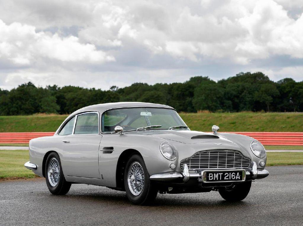 Mobil James Bond Lengkap dengan Fiturnya seperti di Film Dijual