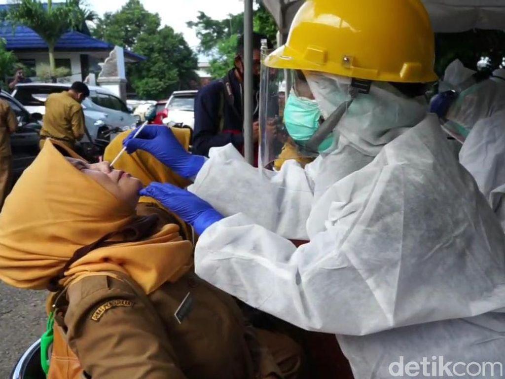 WHO: Jawa Berkontribusi 57 Persen dari Total Kasus Corona di Indonesia