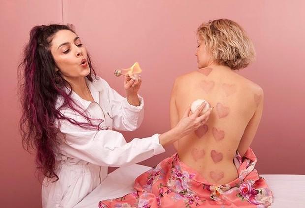 manfaat bekam di antaranya dapat mengurangi bekas luka dan stretch mark