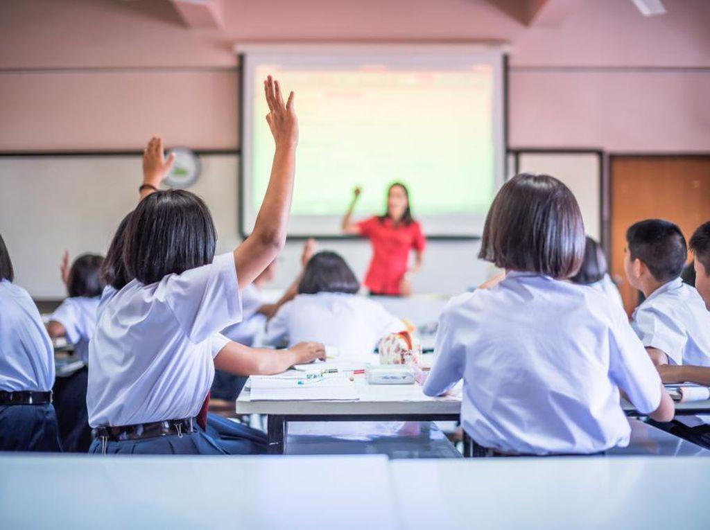 Disdik DKI: Jika Ada Kasus COVID di Uji Coba Tatap Muka, Sekolah Tutup 3 Hari