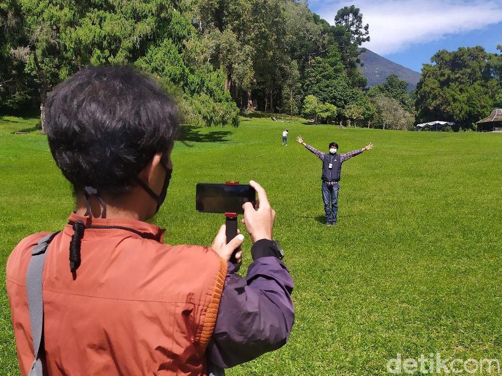 3 Spot Favorit Bersantai dan Swafoto Wisatawan di Kebun Raya Cibodas