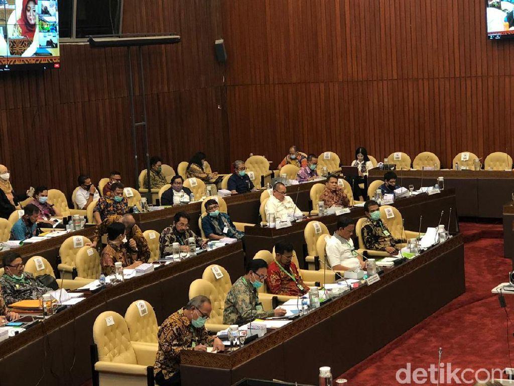 DPR Tantang Mentan Turunkan Impor Pangan Tahun Depan