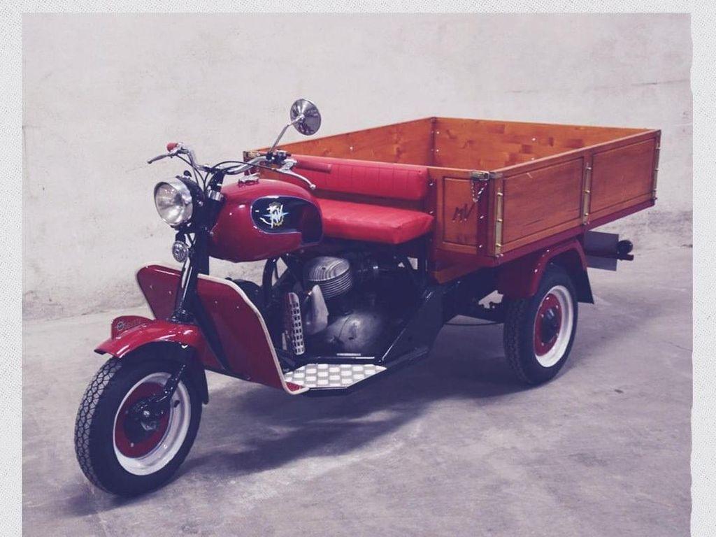 Tersohor dengan Motor Sport, MV Agusta Ternyata Pernah Bikin Motor Roda 3 Mirip Bajaj