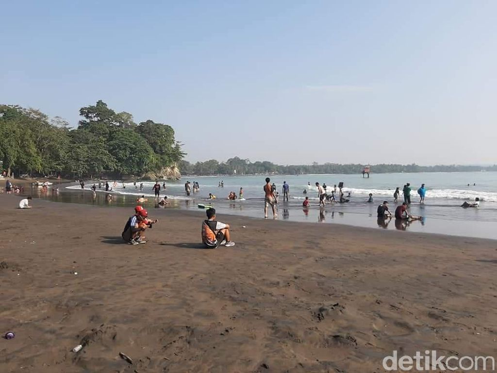 Menelisik Makna Pantai Batukaras Pangandaran