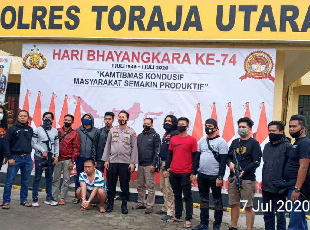 Polisi: Sabung Ayam Viral di Toraja Bukan Rambu Solo
