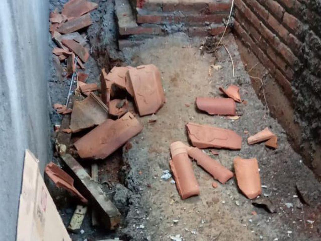Digoyang Gempa Jepara M 6,1, Genting-genting Rumah Warga Berjatuhan