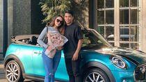 Selebgram Dikasih Pemain Timnas Mobil Mewah, Terungkap di Vlog Ternyata Bekas
