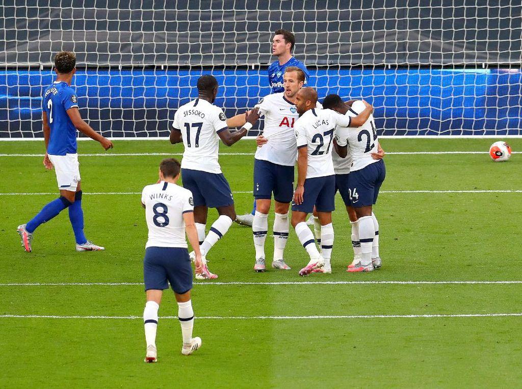 Video Gol Bunuh Diri Everton yang Menangkan Tottenham
