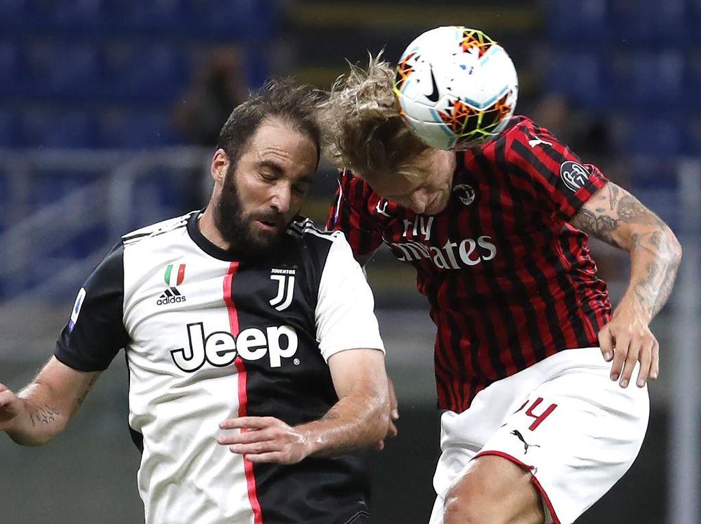 Video Comeback! AC Milan Atasi Juventus Hingga Menang 4-2