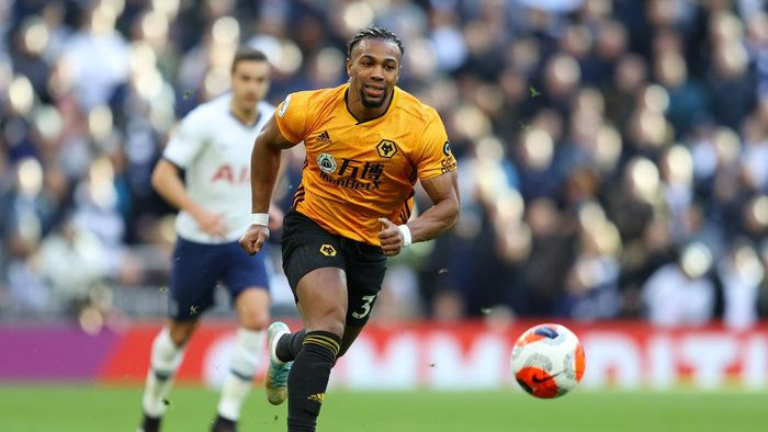 LONDON, ENGLAND - MARCH 01: Adama Traore of Wolverhampton Wanderers in action during the Premier League match between Tottenham Hotspur and Wolverhampton Wanderers at Tottenham Hotspur Stadium on March 01, 2020 in London, United Kingdom. (Photo by Richard Heathcote/Getty Images)