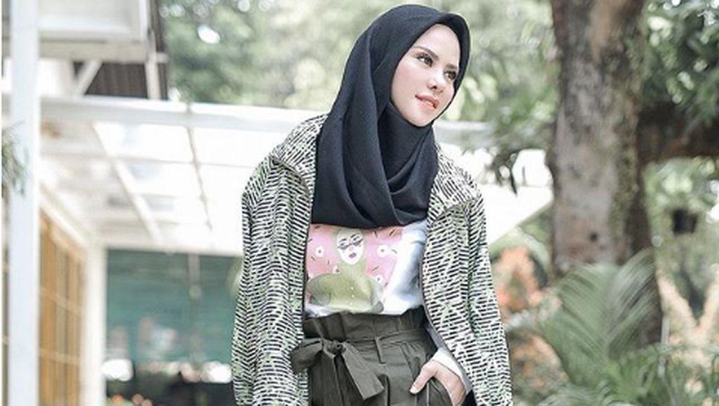 Angel Lelga #OOTD Bawa Tas Hermes Miliaran, Singgung Vicky Prasetyo