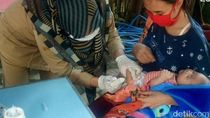 Banyuwangi Jemput Bola Door to Door Imunisasi Balita
