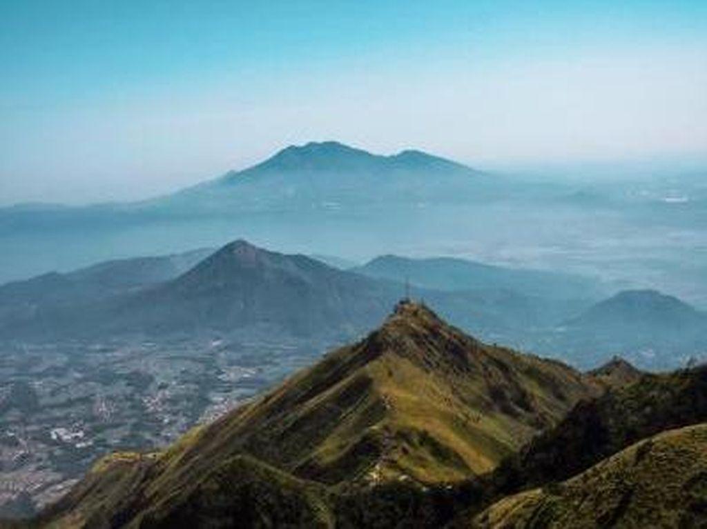 Cerita Pendakian Gunung Merbabu dari Jalur Wekas