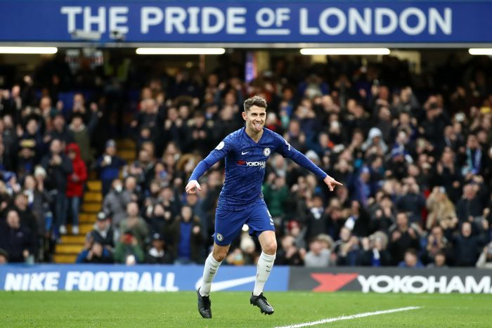 LONDON, ENGLAND - JANUARY 11: Jorginho of Chelsea celebrates after scoring his teams first goal during the Premier League match between Chelsea FC and Burnley FC at Stamford Bridge on January 11, 2020 in London, United Kingdom. (Photo by Bryn Lennon/Getty Images )