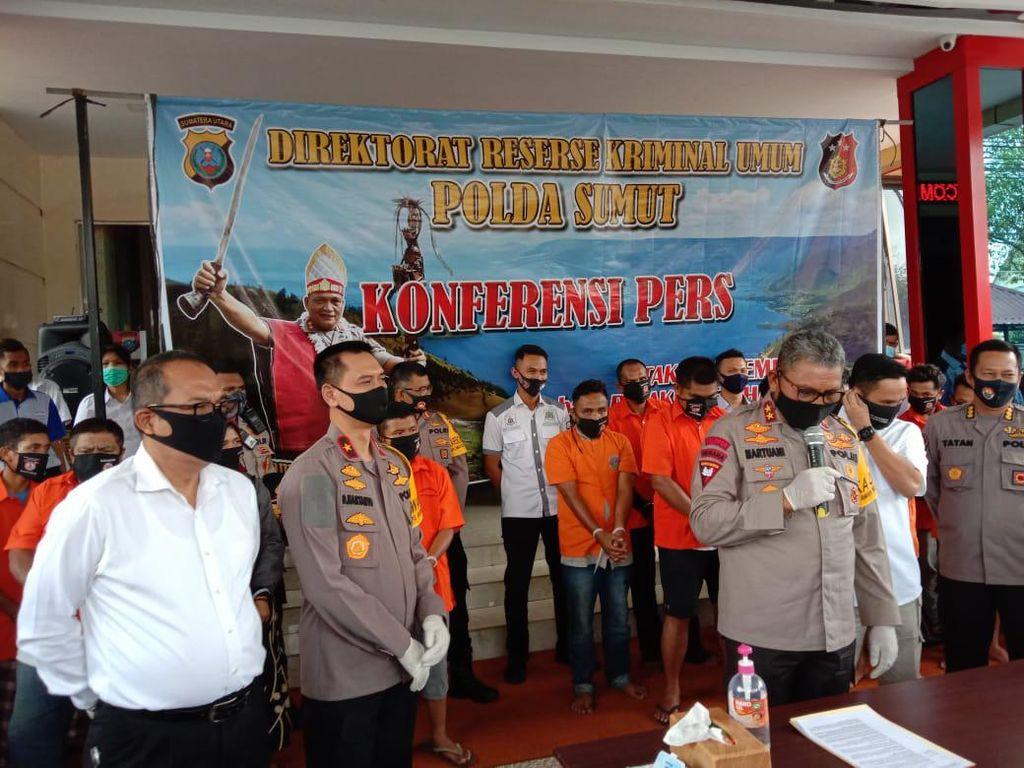 Polisi Tetapkan 20 Tersangka Demo Berujung Ricuh di Madina