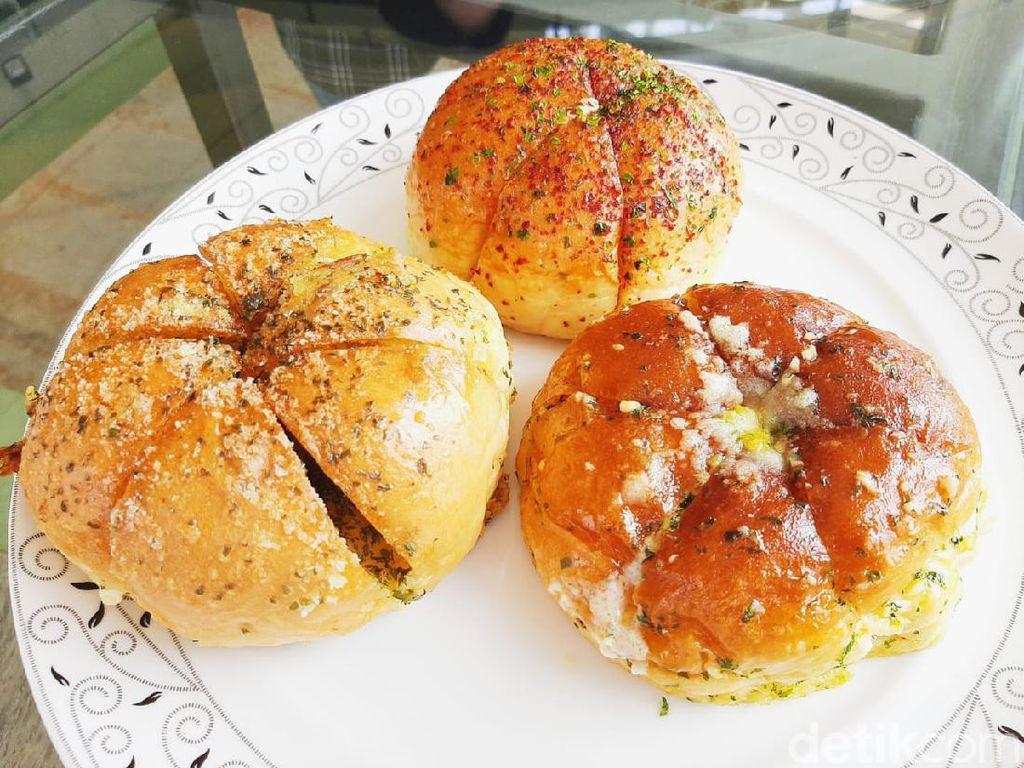 Cara Membuat Korean Garlic Cheese Bread yang Enak Tanpa Oven