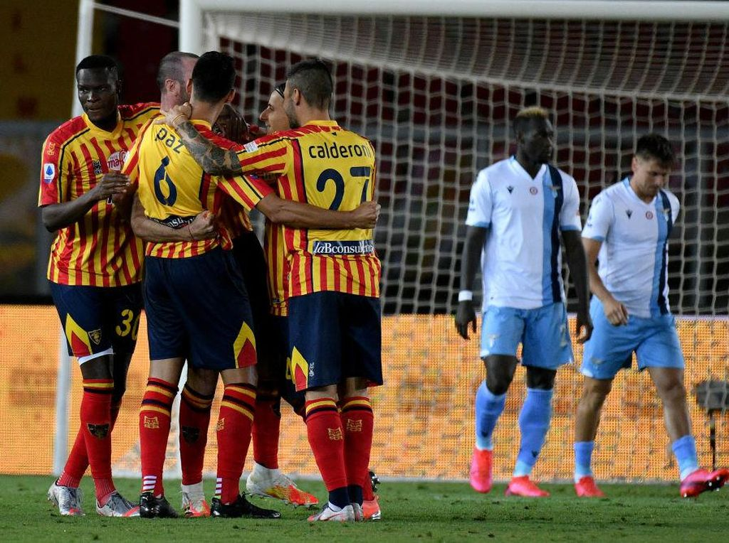 Video Detik-detik Gigitan Pemain Lazio ke Lawan