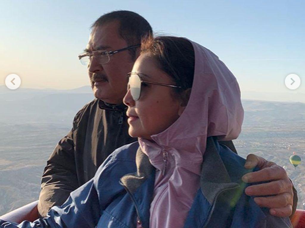 7 Foto Mesra Mayangsari dan Bambang Trihatmodjo Saat Liburan ke Luar Negeri