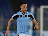 Profil Patric, Bek Lazio Jebolan Barcelona yang Nekat Gigit Lawan