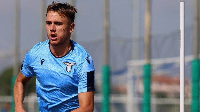ROME, ITALY - SEPTEMBER 18: Patric in action during the SS Lazio training session at Formello sport centre on September 18, 2019 in Rome, Italy.  (Photo by Paolo Bruno/Getty Images)