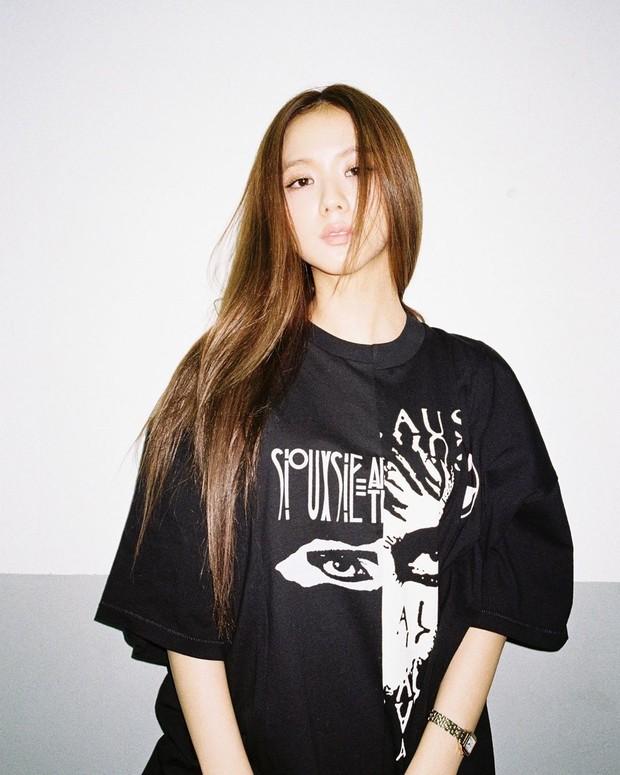 XL shirts akan membuat sentuhan gaya urban pada tampilan.