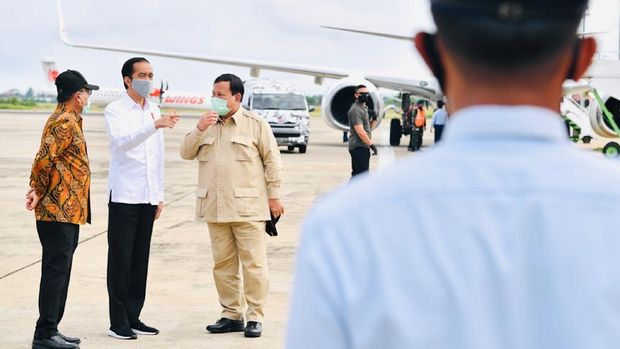 Presiden Joko Widodo kunker bersama Menhan Prabowo Subianto ke Kalteng.