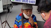 Viral Tukang Pulsa Difabel, Keliling Surabaya Pakai Sepeda Roda Tiga