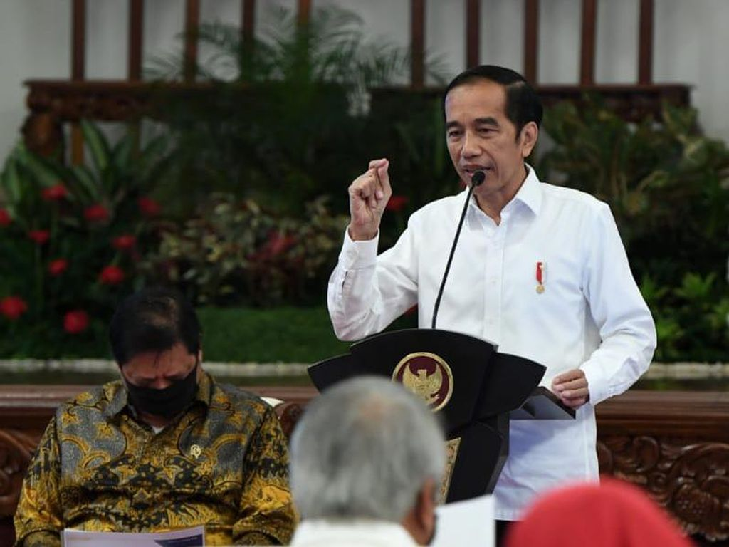 Video Momen Jokowi Singgung Prabowo, Minta Belanja Produk LN Direm