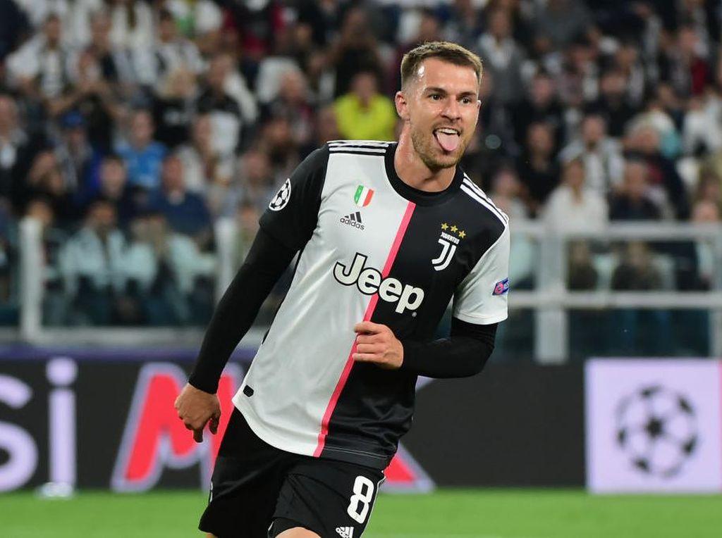 Demi Jorginho, Juventus Sodorkan Aaron Ramsey ke Chelsea