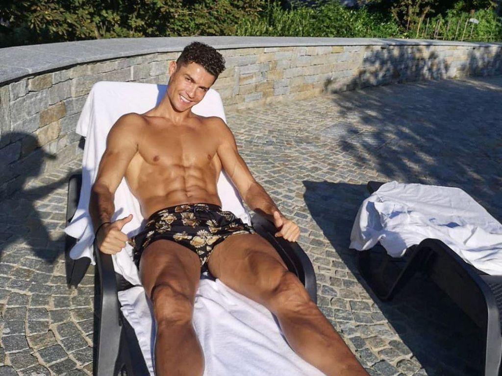 Rahasia Perut Sixpack Cristiano Ronaldo Kata Kekasihnya