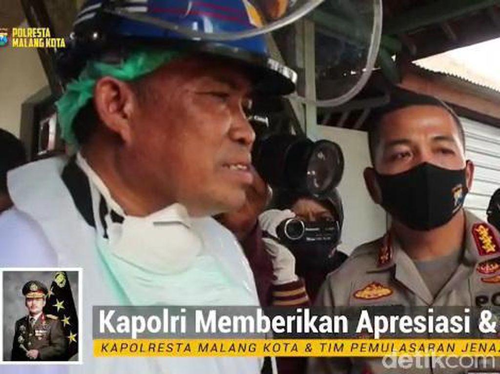 Kapolri Apresiasi Polisi Malang Kota Makamkan 70 Jenazah COVID-19