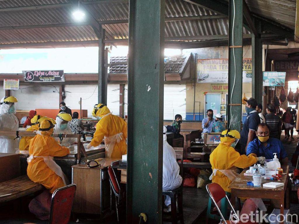 Satu Pedagang Positif COVID-19, Pasar Pahing Kota Kediri Ditutup
