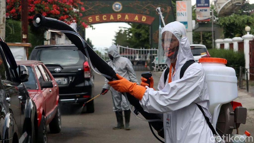 Operasi Disinfeksi Corona Sasar Pemukiman Secapa AD di Bandung