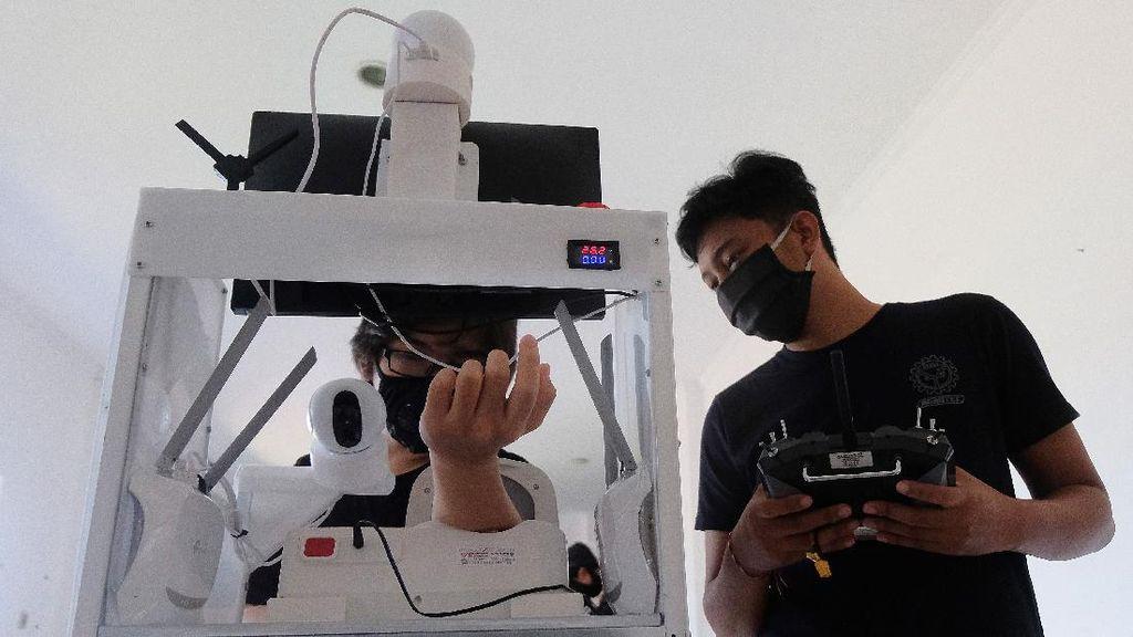 Ini Dia Robot Pembantu Tenaga Medis