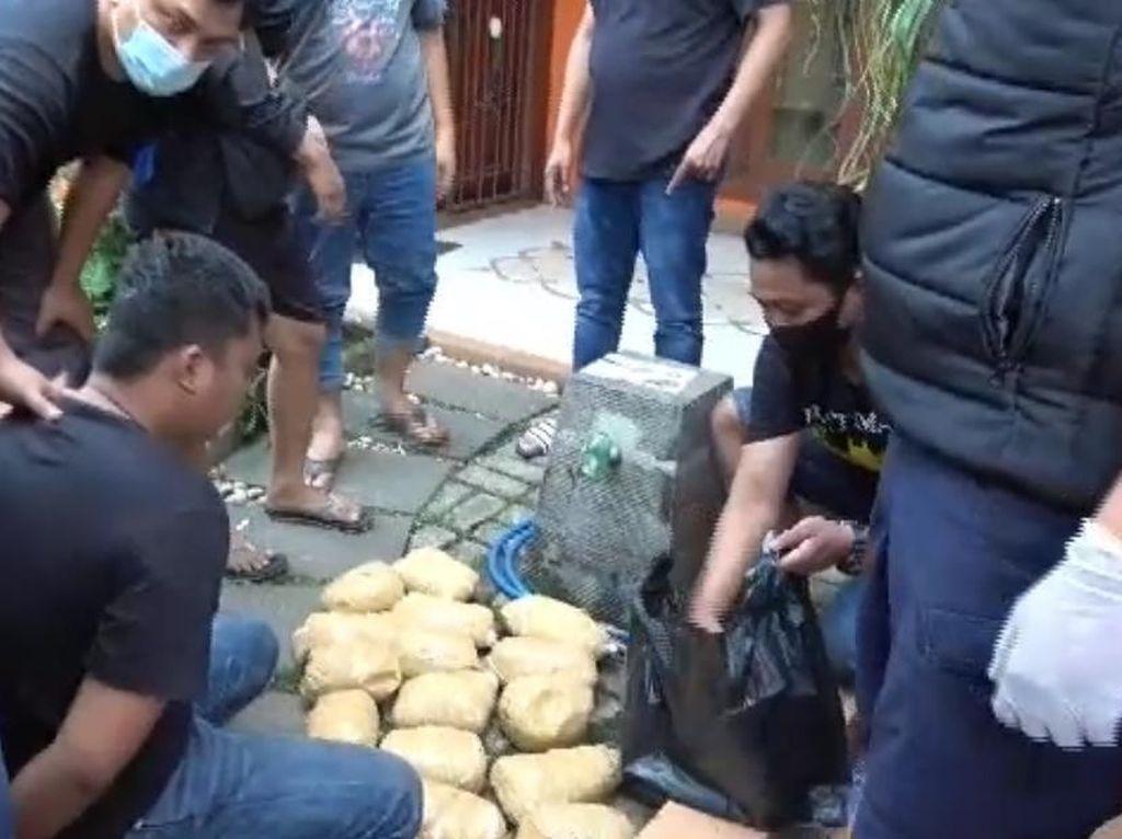 Hendak Edarkan Sabu ke Jabodetabek, Dua Pengedar Ditangkap di Bintaro