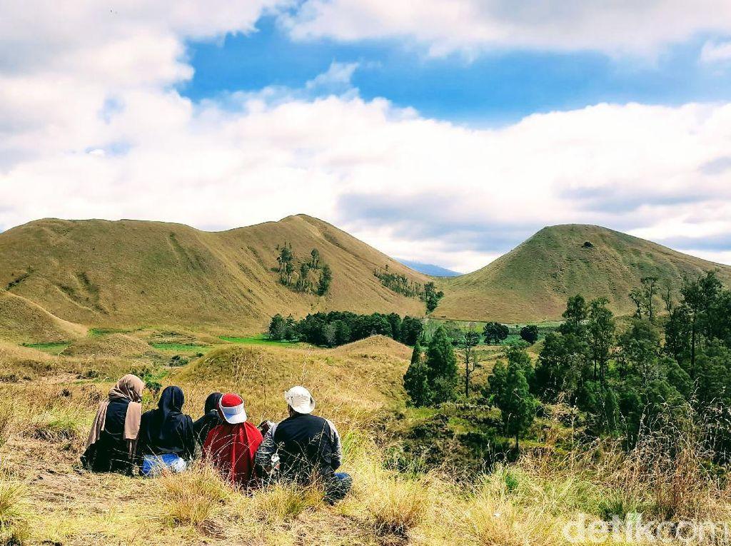 Foto: Keindahan Kawah Wurung Bondowoso Bak di Luar Negeri