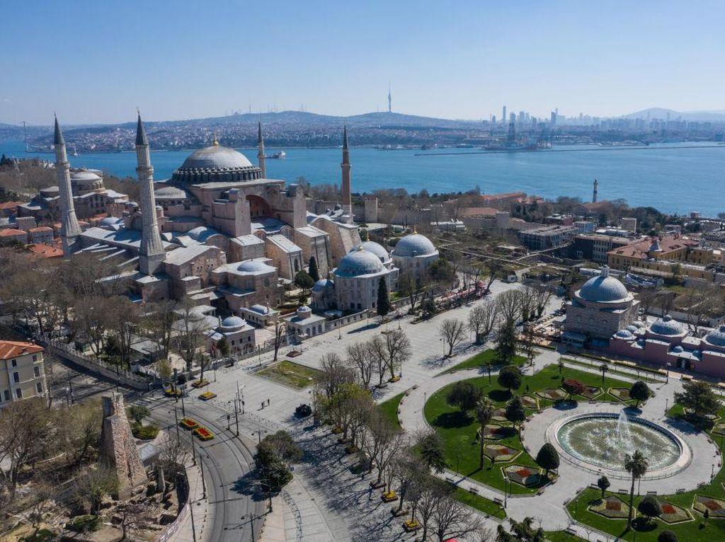 Besok Hagia Sophia Dibuka, Salat Jumat Perdana