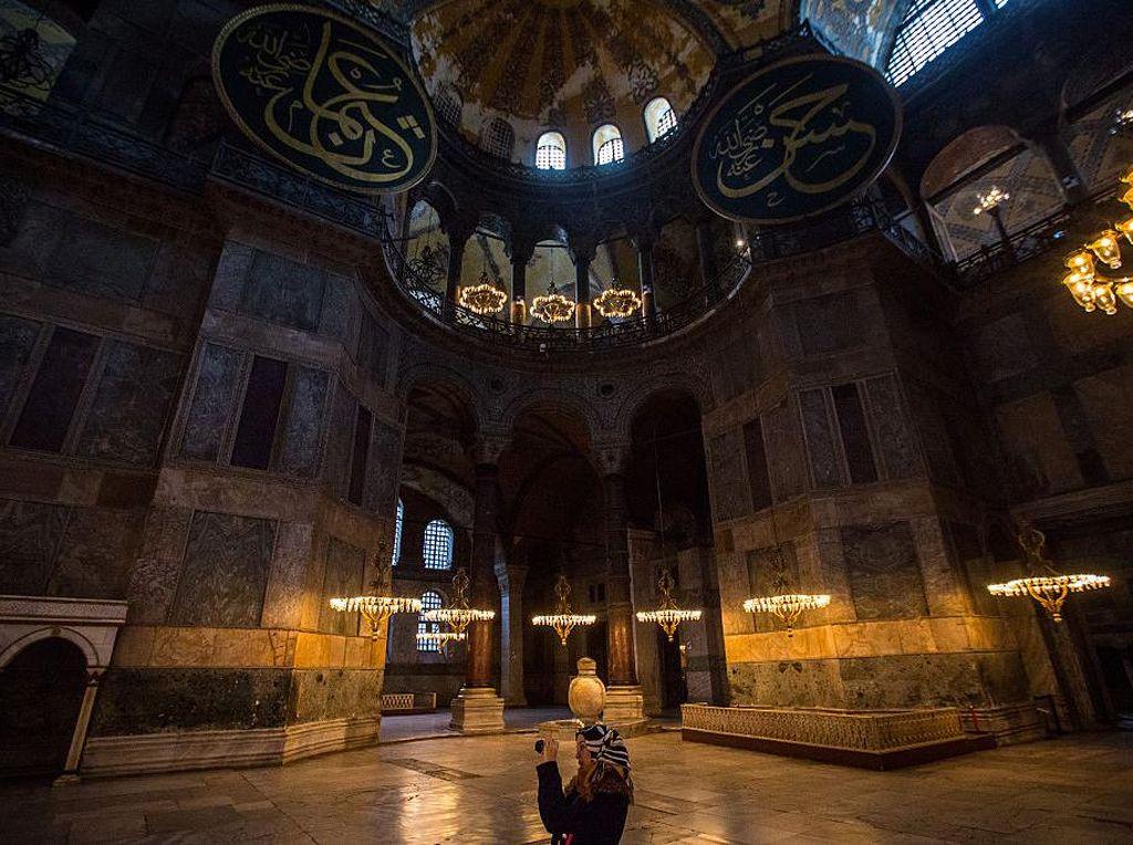 Tekad Erdogan Salat Jumat di Hagia Sophia Disambut Kecewa AS Hingga Rusia