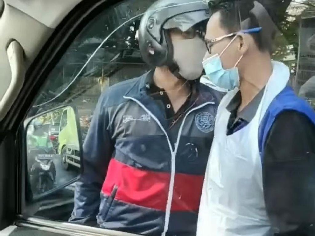 Kesaksian Sopir Ambulans yang Dihalangi Pemotor di Depok