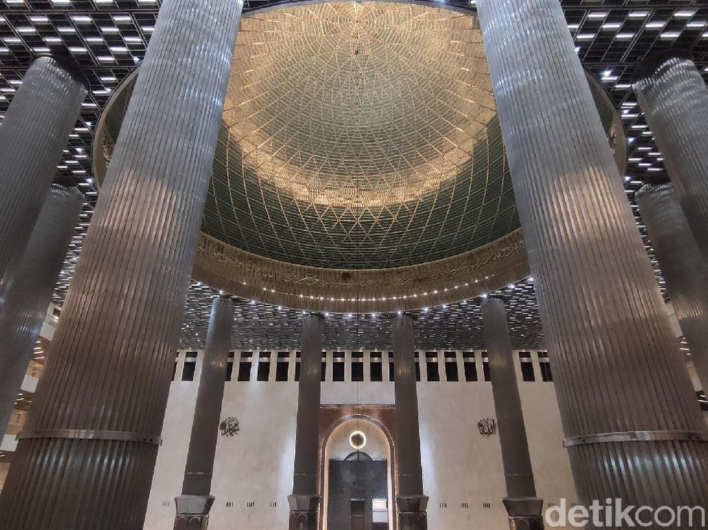 Masjid Istiqlal Makin Canggih dengan Teknologi Smart Lighting