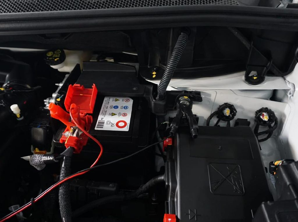 Aki Mobil Soak, Ini Bahayanya Kalau Tetap Paksa Starter